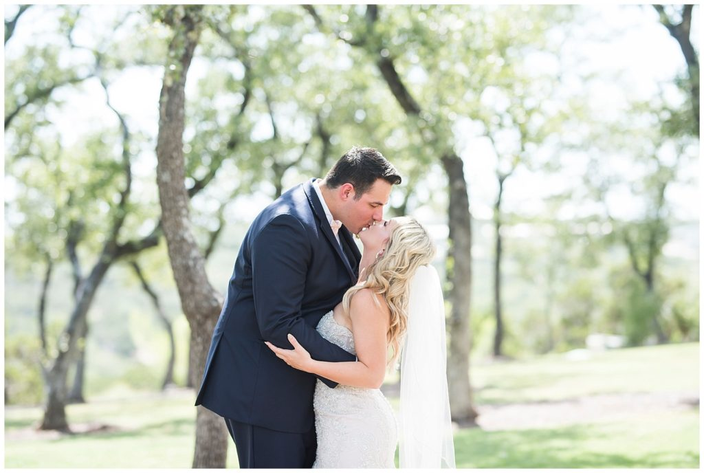 allie & pauls beautiful blush and navy wedding at canyonwood ridge in dripping springs tx, rachel driskll photography