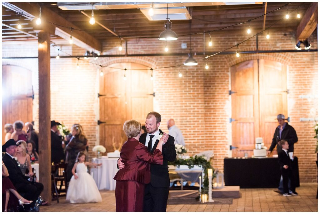 Courtney & Garret's Industrial Chic Wedding at the Ice House on Main in Bryan Texas, Rachel Driskell Photography