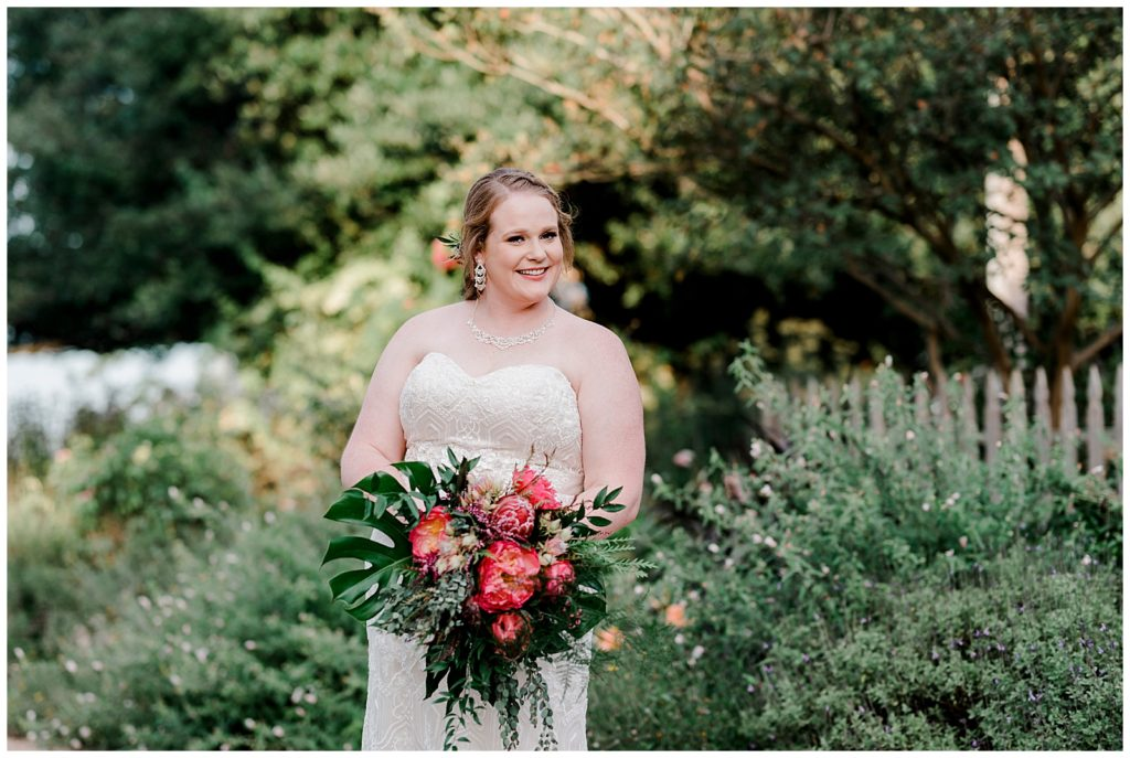 Hayley's Bridal Session at The Antique Rose Emporium in Brenham Texas by Rachel Driskell Photography