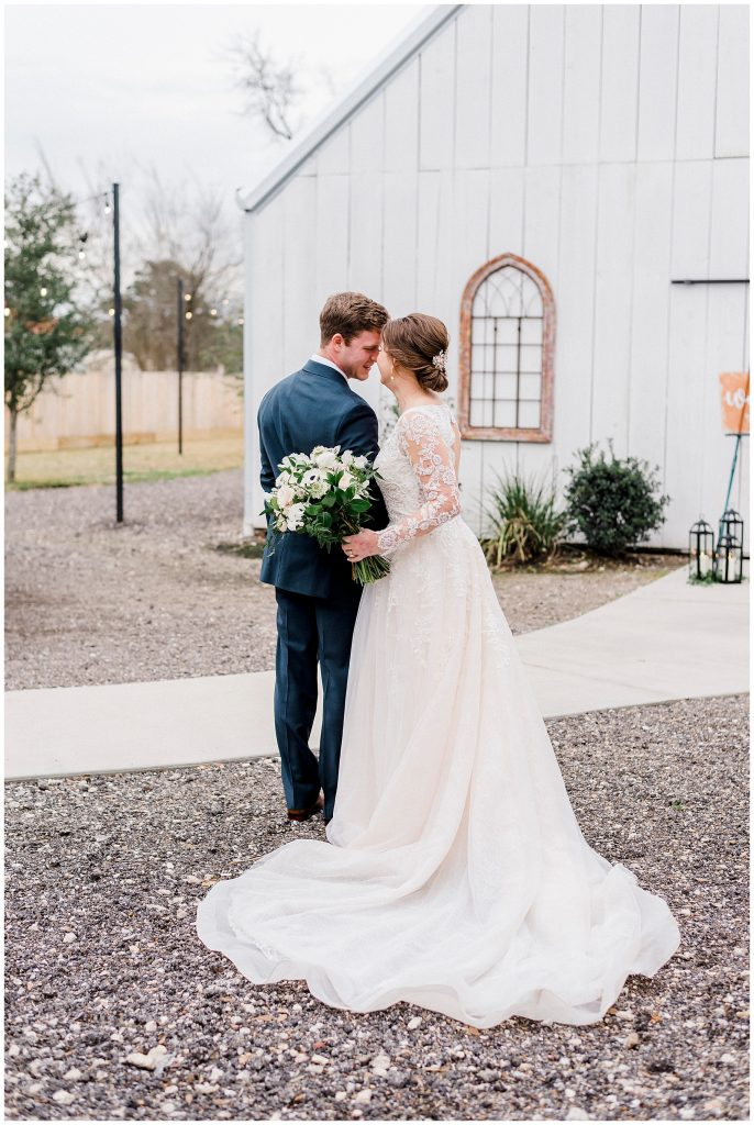 Lainie & Daniel's elegant winter wedding at Hochziet Hall in Old Town Spring Texas by Rachel Driskell Photography