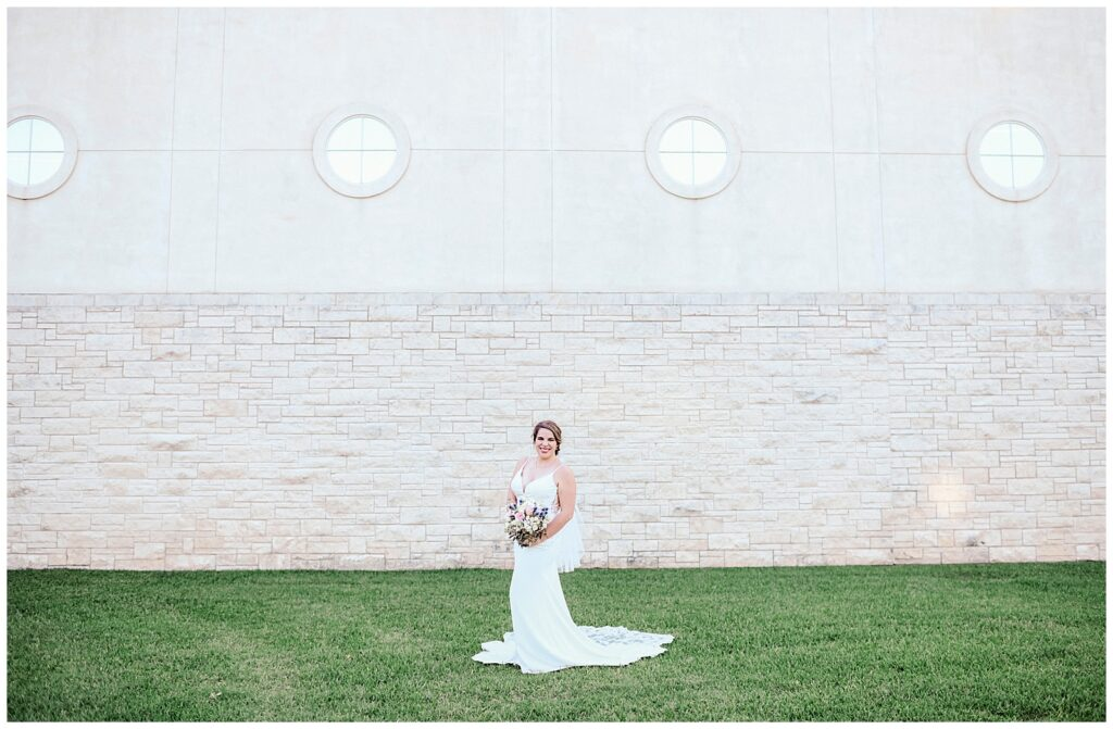 Hannah's Bridal Session in downtown Bryan with Rachel Driskell Photography