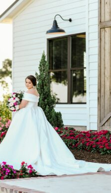 Gabbi's Bridal Session out at Deep In The Heart Farms in Brenham Texas with Rachel Driskell Photography